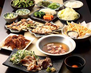 とりいちず 池袋東口店の鶏料理を満喫できる〈食べ放題×飲み放題コース〉